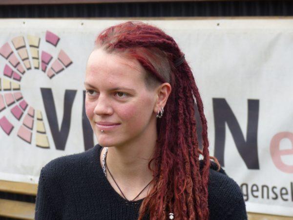 Interview mit Jana Reekers auf magazin.hiv